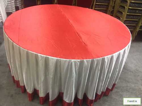 ROUND TABLE WITH SKIRTING