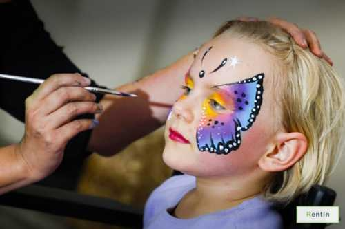 FACE PAINTER (2HR)
