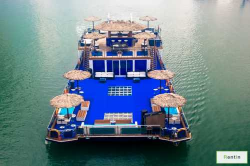GuGu Boat - The Party Boat