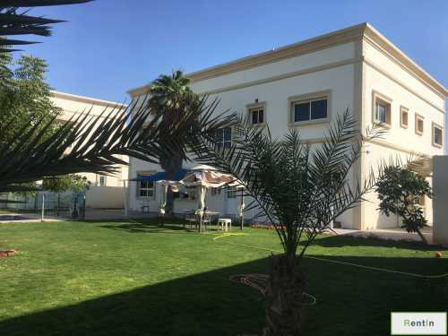 5 bedrooms I Independent Villa I private garden n pool I Jumeirah 1