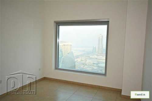 Closest To Metro And Emaar Square, Free AC