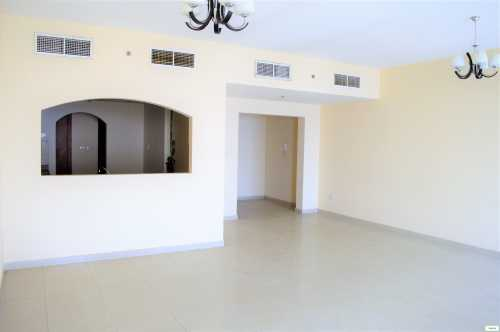 Huge 3 BHK + Maid affordable rent in JLT