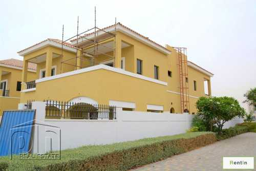Stunning Custom Built Family villas ready Now..