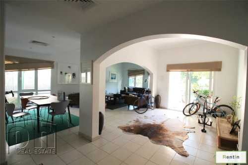 Renovated Kitchen, 5 Bed, Private Pool