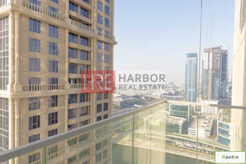 Spacious 3BR Apartment with Canal View