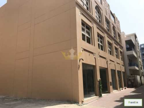 Brand new Studio in Bur Dubai Near Metro