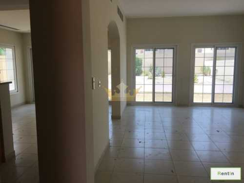 2BR+Maid Rm,Independent Villa in District 16, JVC