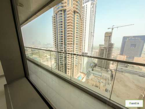 1 BR  with SZR, Golf view on mid floor