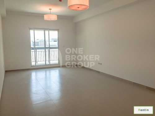 1 BR Apt with Balconies, Central location
