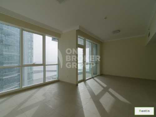 2BR plus Maids Beachfront Apt, Sea View