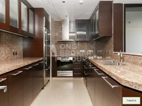 Fully Furnished Type F | Above 44th Floor