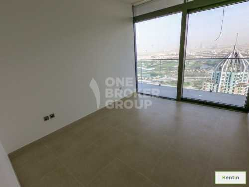 Spacious 2 BED with Fabulous Marina View