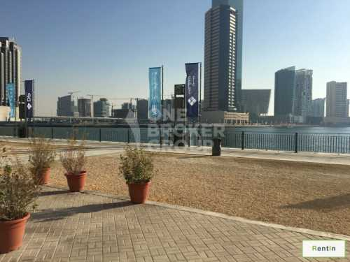 Exclusive! Well Placed on the Waterfront