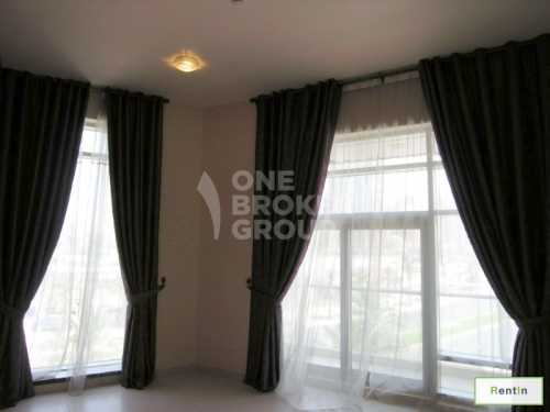 Largest 1Bed|High Ceiling|Boulevard view