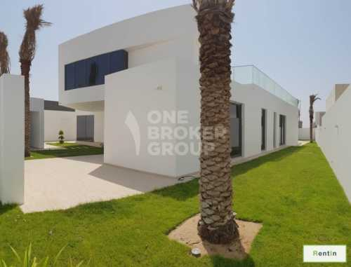 5 BR villa made with Passion stone by stone
