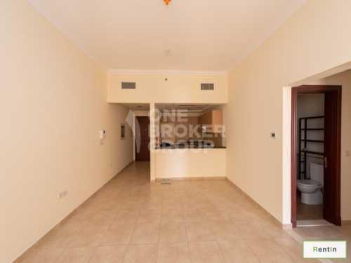 Well Maintained 1 BR Apt multiple cheques