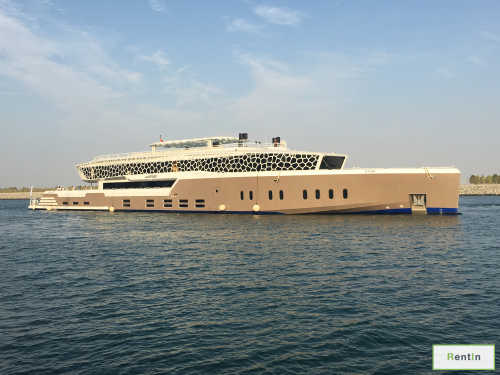 Super yacht rental in Dubai 220 FT