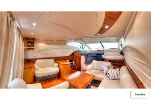 50-ft yacht for rent in Dubai