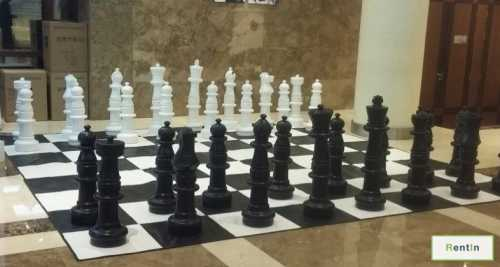 Giant Chess game for rent in Dubai