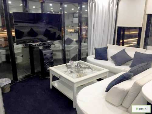 House boat for 15 guests for rent Dubai